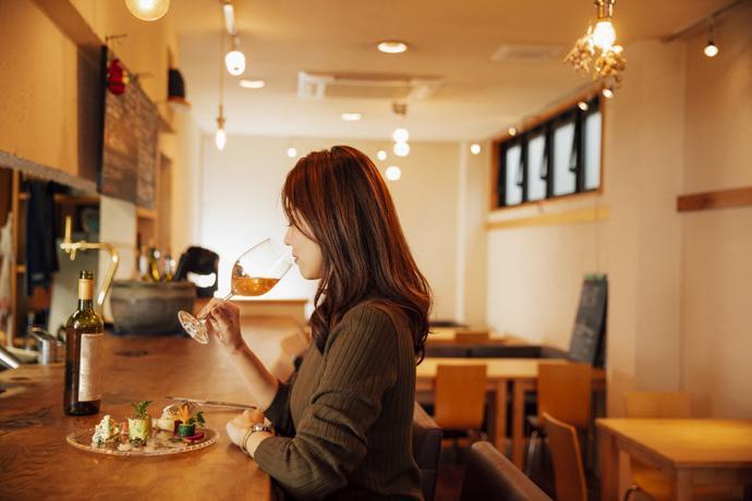 【1日目】夜は街なかをはじご酒2軒目  ワイン食堂 イオ・ロ・マネッジョ-1