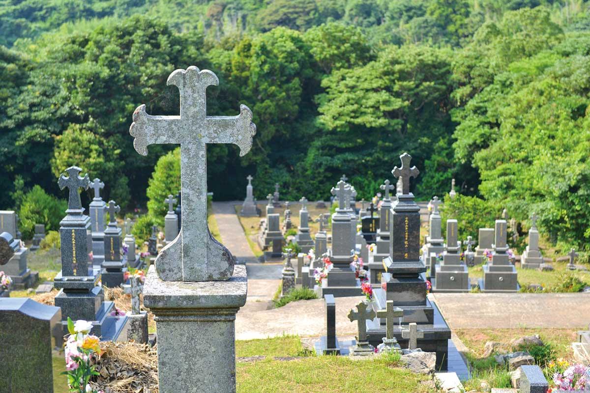 マルマン神父の墓(カトリック共同墓地)-1