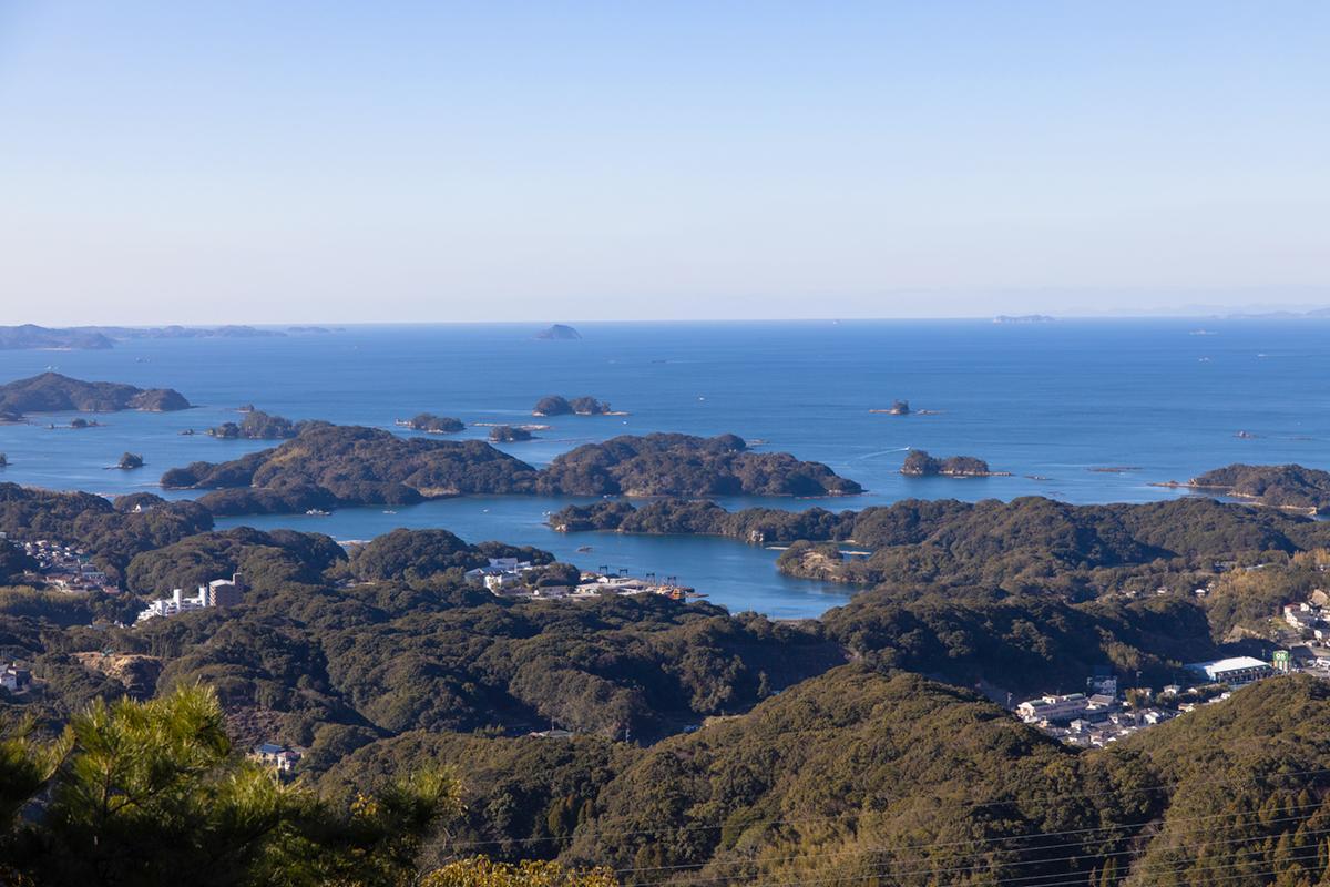 展望台から「九十九島」の絶景を望む-5