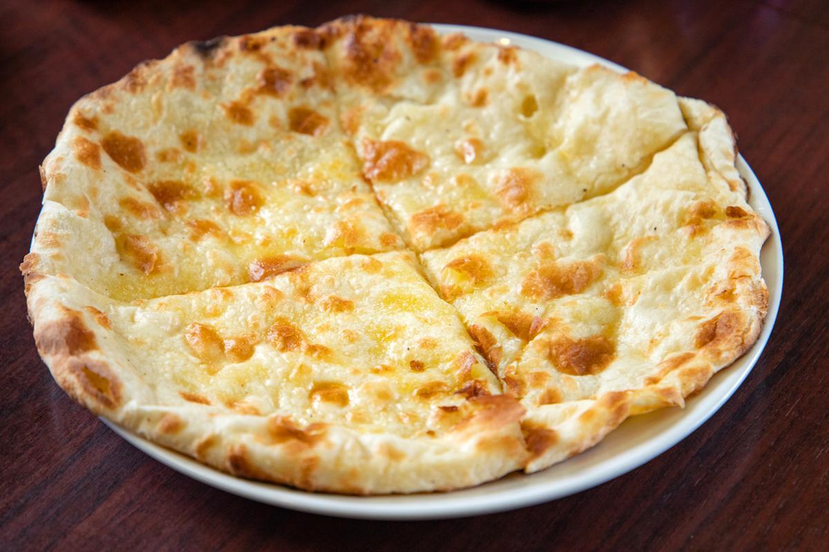 昼も夜も家族で楽しめる 本格派インド料理「シバ」-1