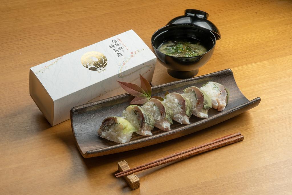 【小値賀】おぢかのイサキ棒寿司づくり-1